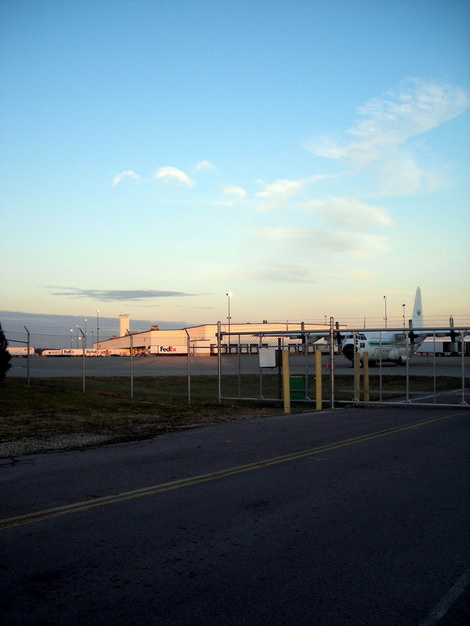 Photo of FedEx operations at Rickenbacker Airport
