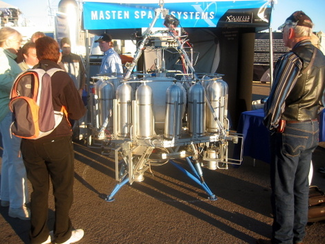 Masten Space Systems' vehicle in the morning sun at the 2006 X Prize Cup